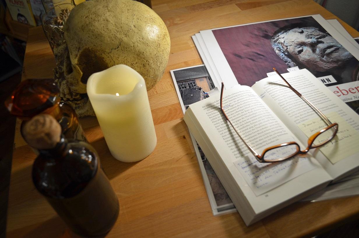 Hildegards Sommerküche : Cool tour katze] häppchen lesung in der bino: helge weichmann